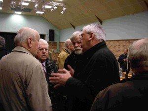 Ambleteuse: les voeux de Paul Malahude pour 2012 dans conseil municipal Raphael-Delattre-Jacques-Fasquel-300x225