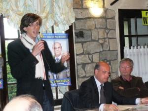 Frédéric Wacheux encourage les jeunes talents dans politique Hugo-Vangreveninghe-sexprime-aux-côtés-de-Frédéric-Wacheux-et-de-Pasquier-Cognacq-300x225