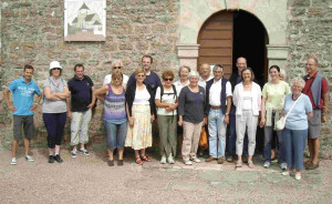 lundi 13 août: visite commentée de l'église d'Audresselles dans art 13-août-2012-visite-de-léglise-300x184
